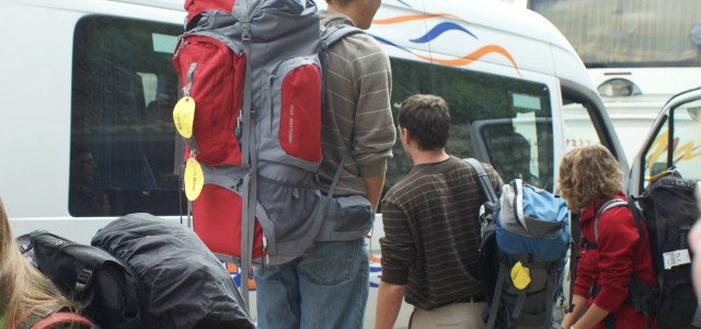 Cross-border student flows: questions of interdependence and inequality