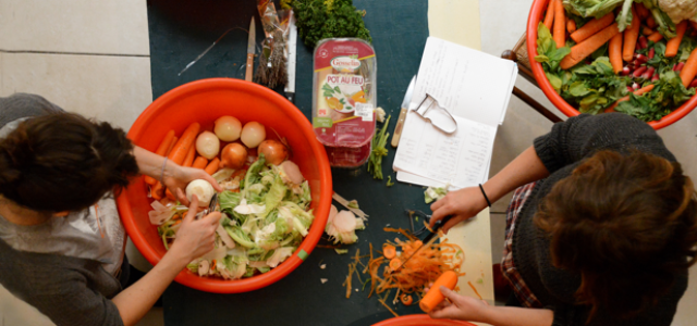 Fighting food waste with dumpster dinners