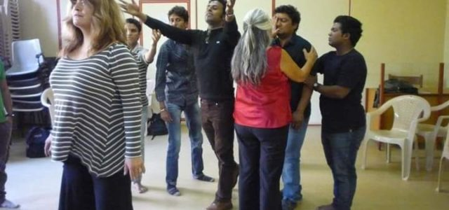 Stolen Roads: Reclaiming Paths of Decolonisation through Community Theatre Practices